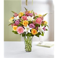 sensational-spring-beauty-flower-bouquet-in-a-vase