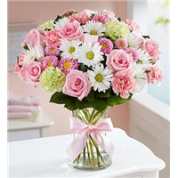 sweet-baby-girl-pink-flower-arrangement